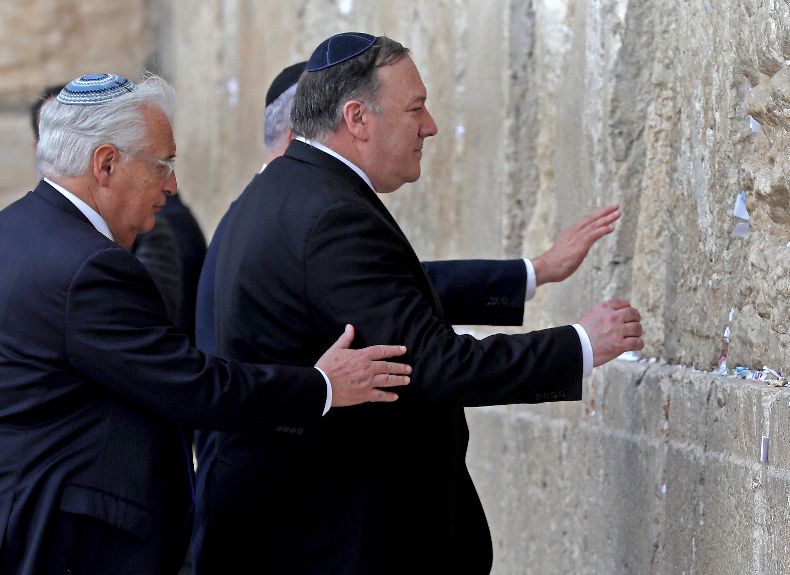 US Secretary of State Mike Pompeo (R), accompanied by US ambassador to Israel David Friedman (L), prays at the Western Wall in Jerusalem's Old City on March 21, 2019