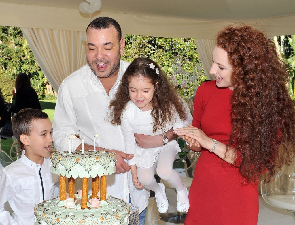Mohammed VI is pictured with Princess Lalla Salma and their children (AFP)