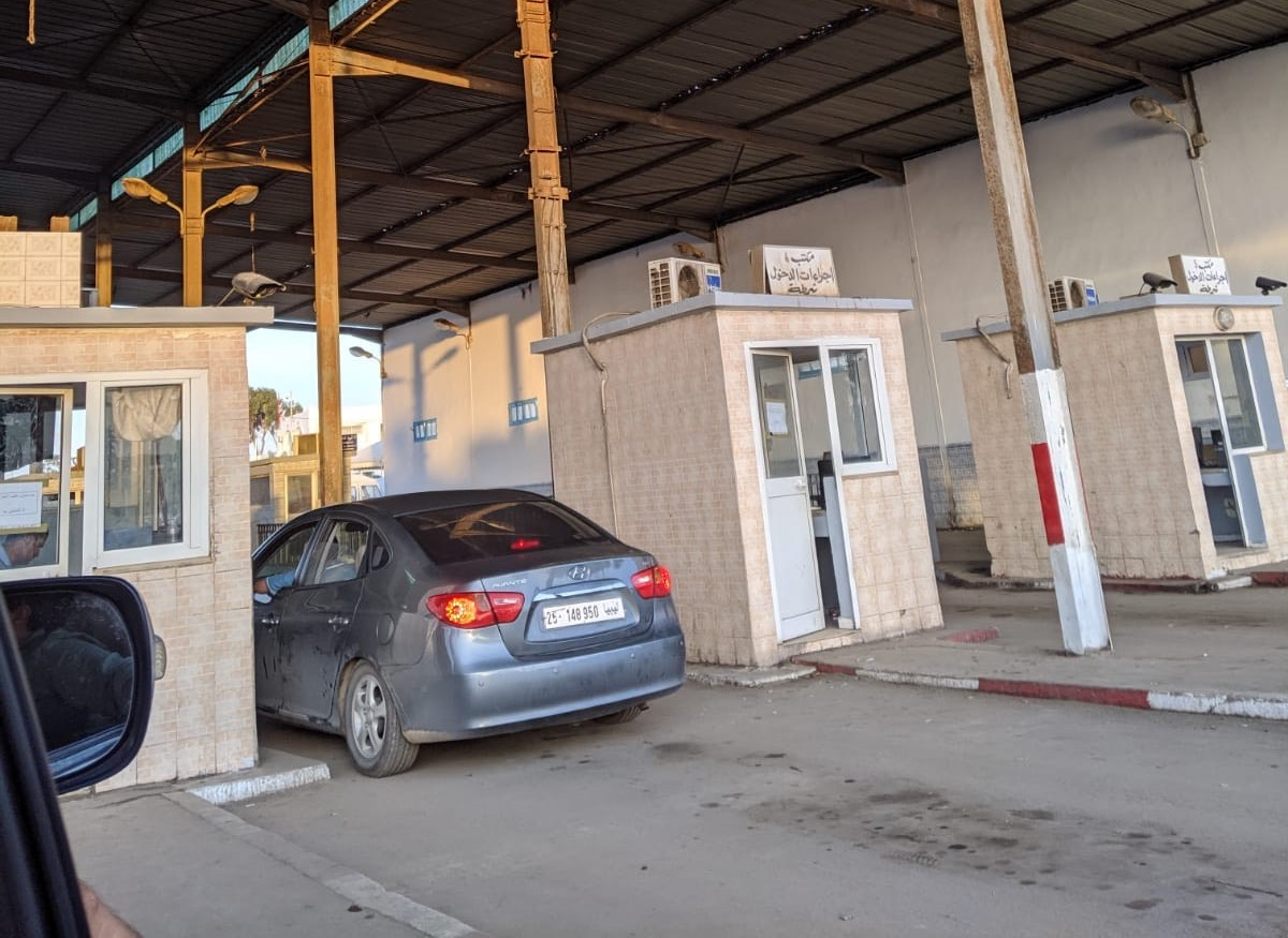 Libya-Tunisia border crossing (Ahmed Gatnash)