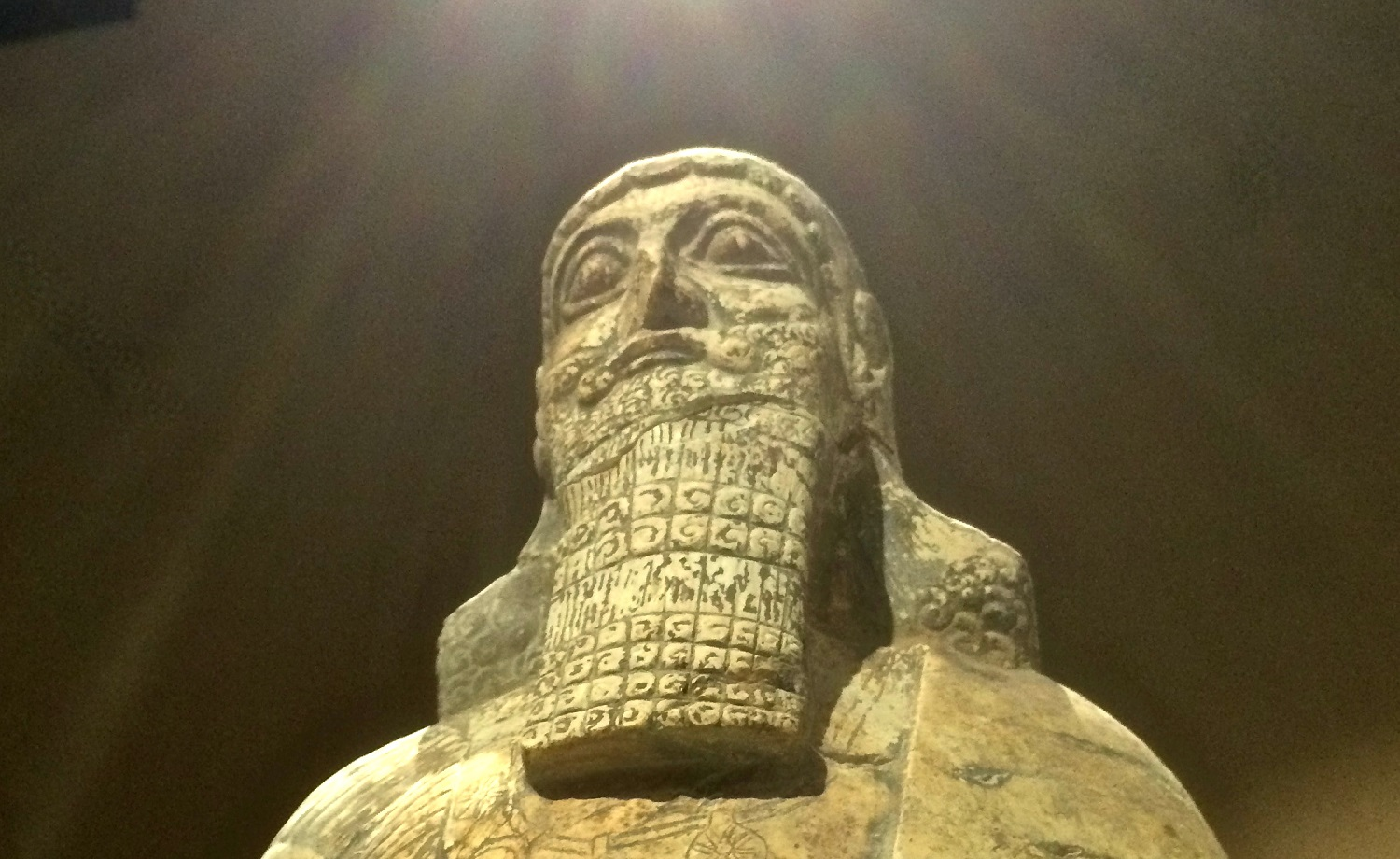 A statue of Shalmaneser, an Assyrian ruler, stolen in 2003 and returned from the US to Iraq (Tom Westcott/MEE)