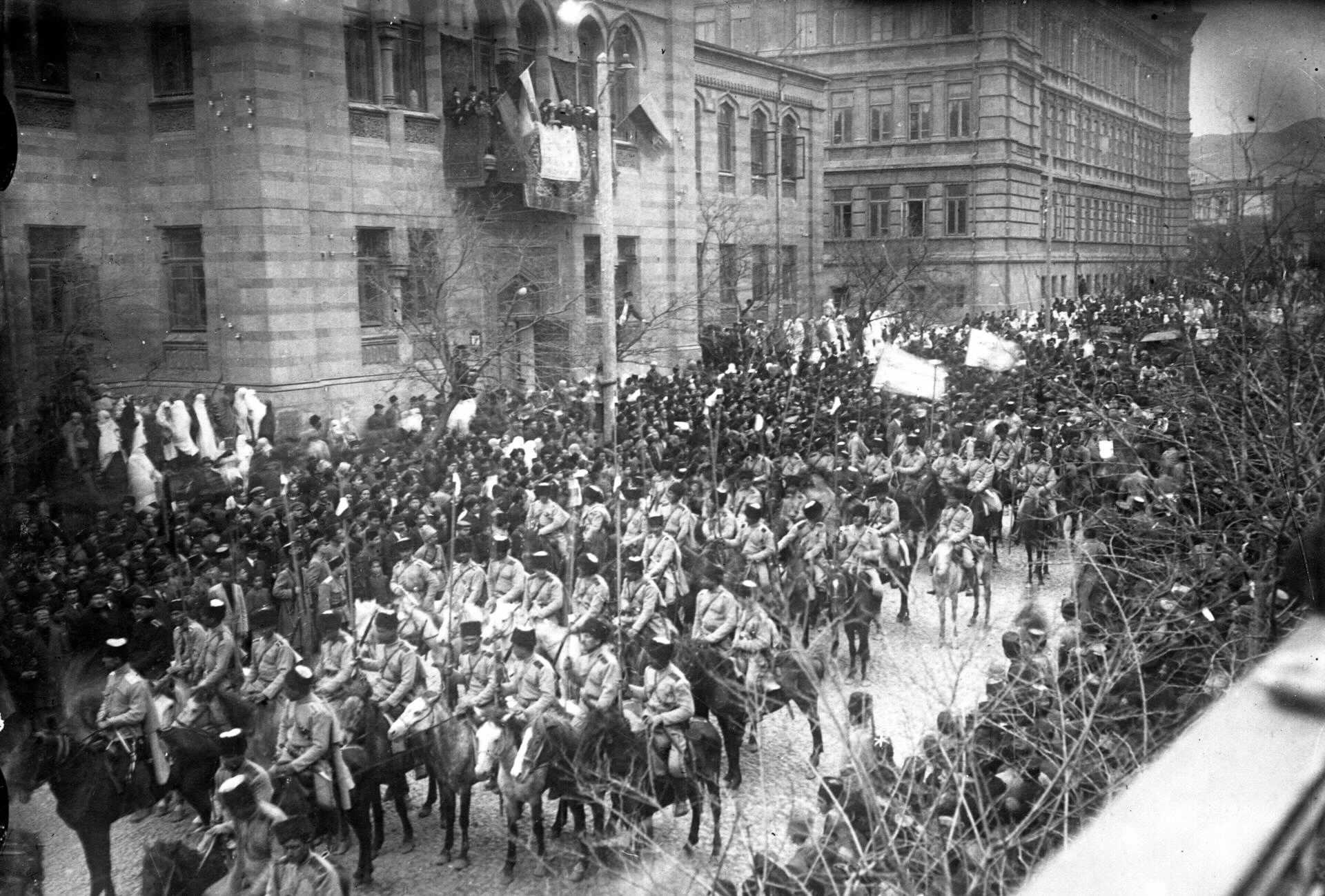 The Ottoman Islamic Army of the Caucasus enters Baku on 15 September, 1918