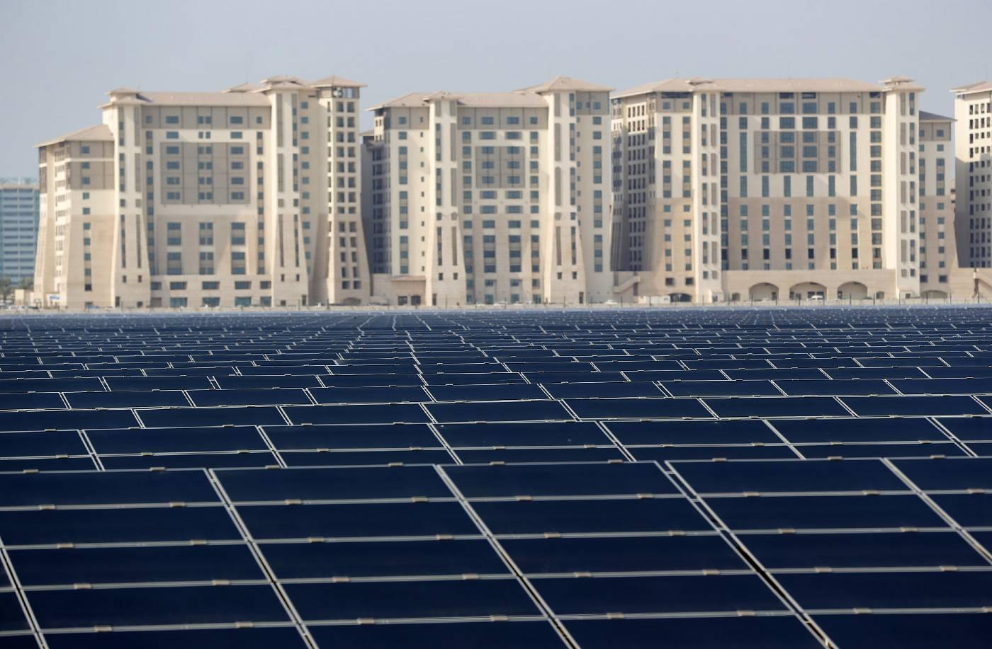 A 10-MW solar farm on the outskirts of Masdar City outside Abu Dhabi in October 2015 (AFP).